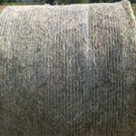 Round bales for horses and cattle